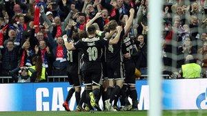 El Ajax dio la campanada eliminando al Madrid