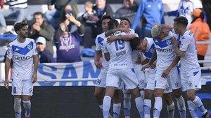 Domínguez marcó dos goles en los minutos 30 y 62