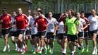 España prepara el partido ante Brasil