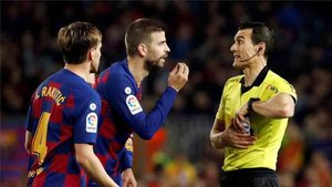 Los jugadores del Barcelona ya conocen a Martínez Munuera, el árbitro del clásico