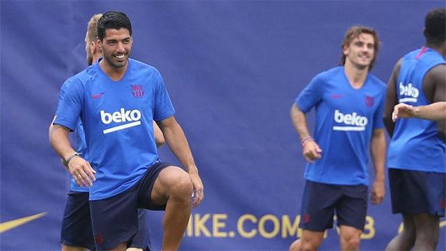 Luis Suárez se entrenó por primera vez con el grupo tras su regreso