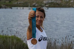 María Vasco muestra 20 años después su medalla olímpica