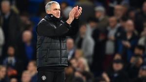 Mourinho no dedicó precisamente aplausos a la que fue su afición