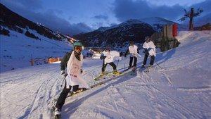 Vall de Núria celebra la esquiada nocturna decana del Pirineo