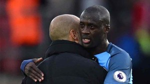Yaya Touré, junto a Guardiola