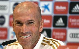 Zidane, feliz por el regreso de Hazard