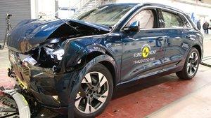 Audi e-tron durante las pruebas.