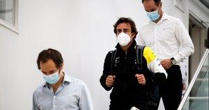Alonso, en la factoría de Renault en Enstone