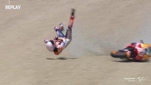 Durísima caída de Márquez en Jerez