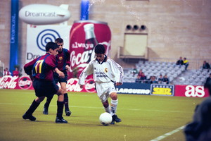 9. Gerard Piqué 1999-2000