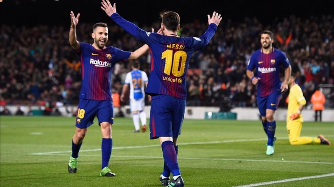 Radiografía a la plantilla (5): Jordi Alba arrancó la moto para asistir a Messi