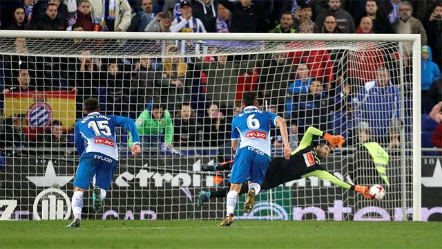 LACOPA | Espanyol - FC Barcelona: Diego López paró el penalti de Leo Messi