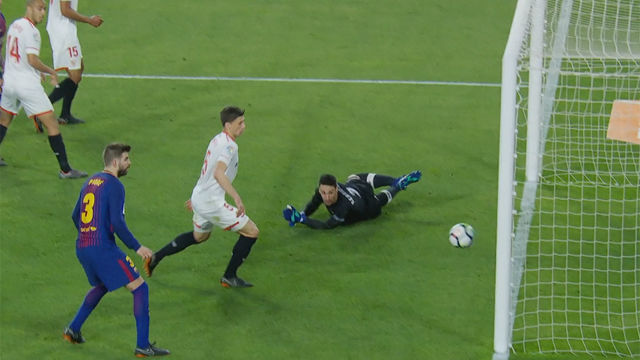 LALIGA | Sevilla - FC Barcelona (2-2): El palo de Rakitic
