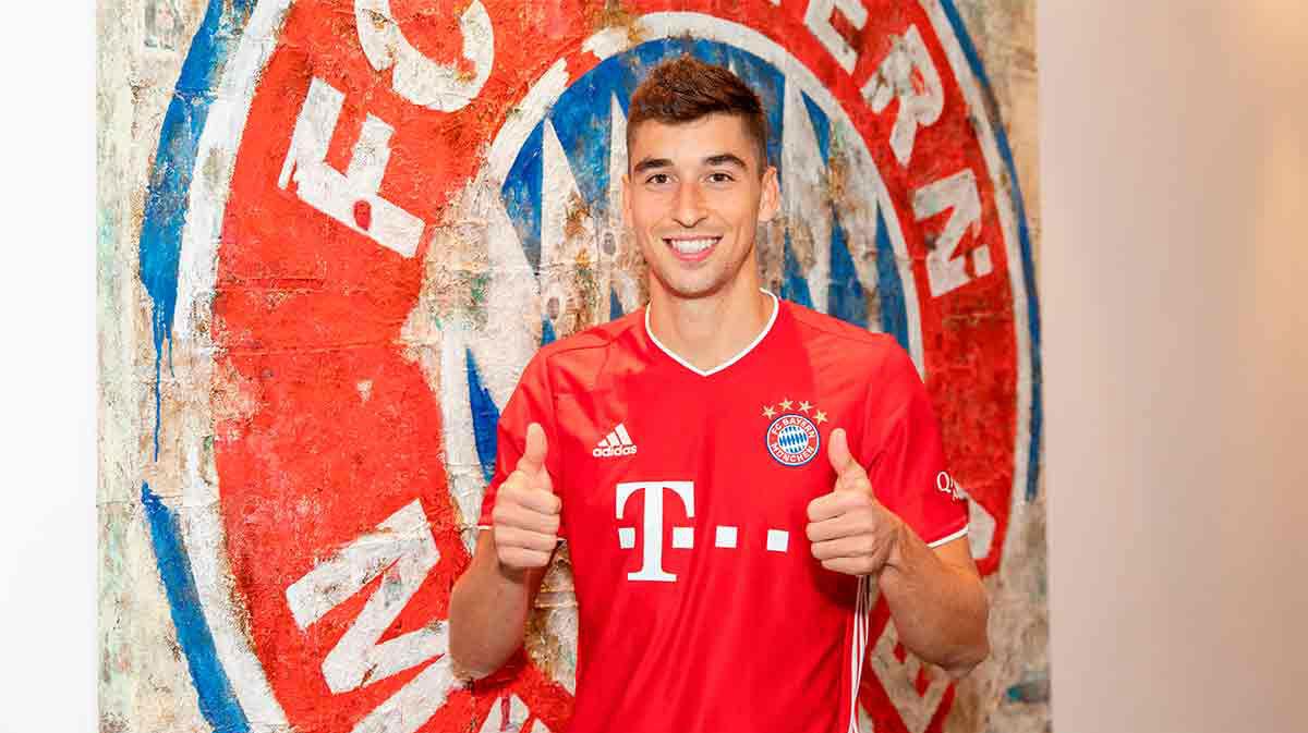 Marc Roca ya está en Alemania. Así han sido sus primeras horas con el Bayern
