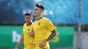 Mario Hermoso vuelve a participar en el entrenamiento del Espanyol