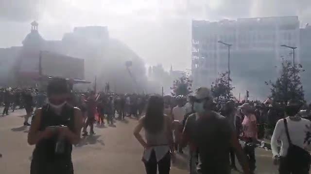 Más de 100 heridos en las multitudinarias protestas en Beirut por la gran explosión