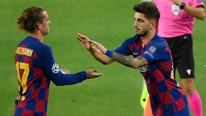 Monchu sustituyó a Giezmann en el minuto 84 del Barça - Nápoles