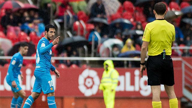 Parejo fue expulsado por doble amarilla ante el Mallorca