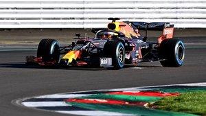 El RB16, en pista en Silverstone este miércoles