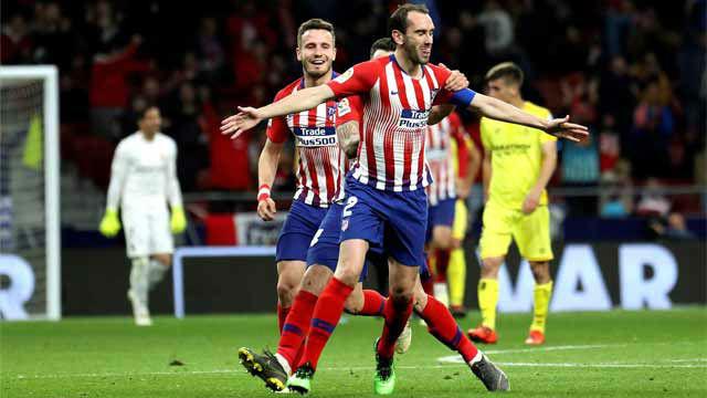 El VAR ratificó el gol de Godín y dio un respiro al Atlético