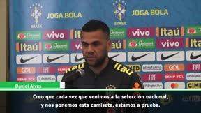 Alves: Con o sin Neymar, representamos a una selección histórica