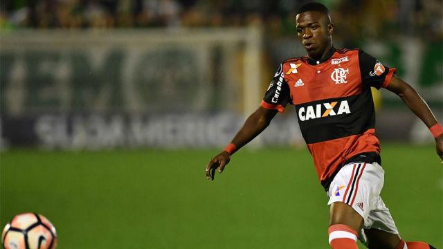 El brutal caño de Vinicius dedicado a sus referentes, Neymar y Ronaldinho
