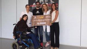 la campaña solidaria de Salomon ha recaudado 6.000 euros que este año ha donado al Institut Guttmann