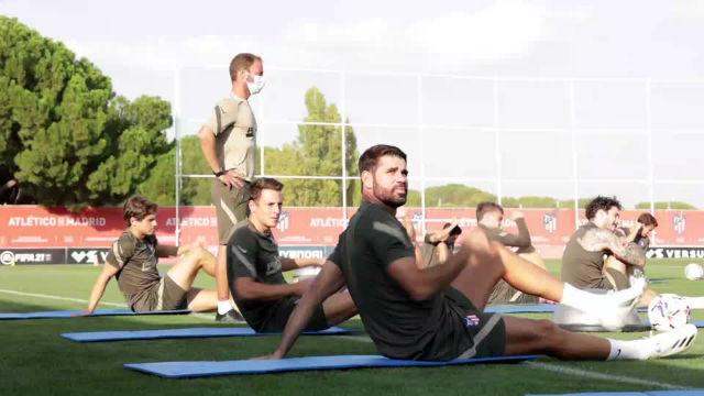 Diego Costa y Santiago Arias, las principales novedades en el entrenamiento del Atlético