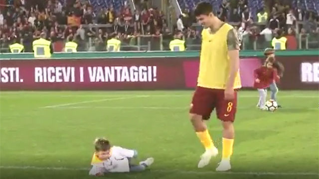 El divertido vídeo con el que la Roma reclama el VAR