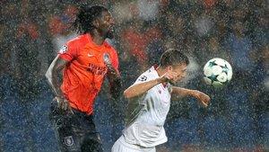 Emanuel Adebayor estaba sin equipo tras acabar contrato con el Basaksehir turco