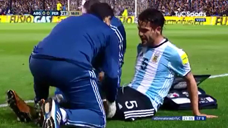 Gago se lesionó durante el encuentro contra Perú