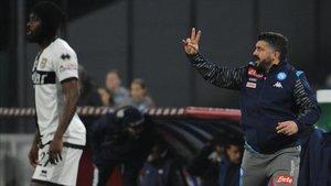 Gervinho impidió al Nápoles de Gattusso reencontrarse con el triunfo en la Serie A.