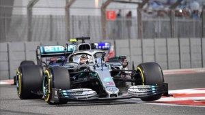 Hamilton saldrá mañana desde la pole
