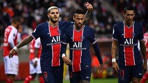 Neymar e Icardi celebrando un gol. Los dos serán baja para el partido contra el Nimes