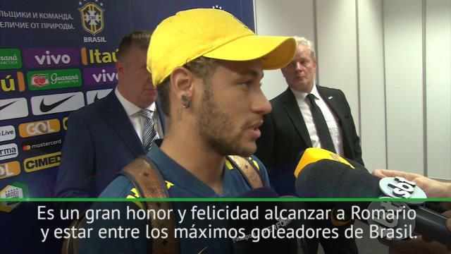 Neymar: No quiero ser mejor que Romario