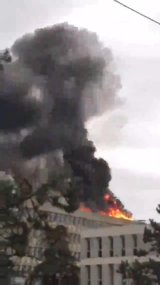 Se registra una fuerte explosión en la Universidad de Lyon