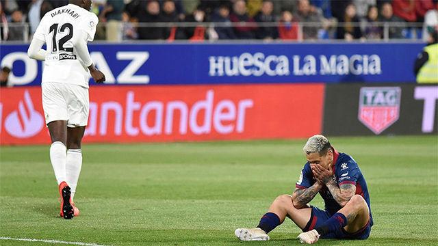 El Valencia certifica el descenso del Huesca