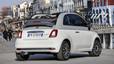 El Fiat 500 Collezione innova con su carrocería bicolor.