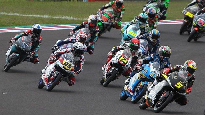 Sigue en directo la carrera de Moto3 del GP de San Marino