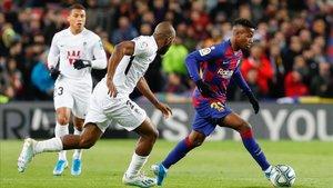 Ansu Fati destacó en el primer tramo del partido ante el Granada