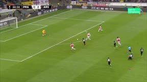Aubameyang marcó el tercer tanto ante el Eintracht