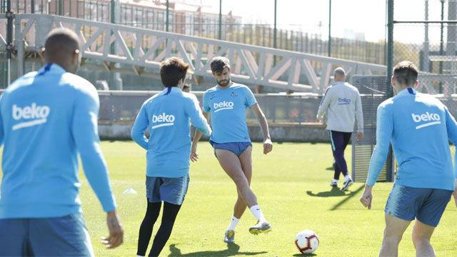 El Barcelona sigue preparando el derbi ante el Espanyol
