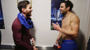 Cesc y Messi intercambieron la camiseta al final del partido