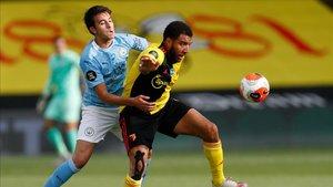 Eric Garcia recupera su puesto en el once del Manchester City