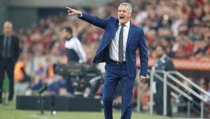 Gustavo Alfaro los quiere tener en forma para la Copa Libertadores