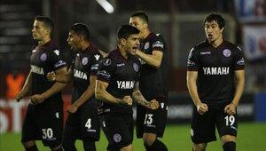 Lanús no pudo acercarse a la punta de Superliga Argentina