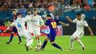 Leo Messi, rodeado de futbolistas del Real Madrid en el Clásico de Miami