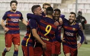 Los jugadores celebran el gol de Kaptoum
