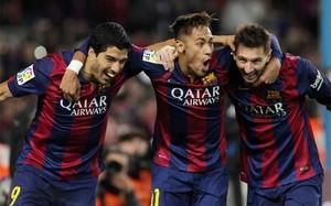 Luis Suárez, Neymar y Messi celebran el 3-1 del Barça, obra de Leo, frente al Atlético
