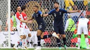 Mbappe celebrando el 4-1 durante la final de la Copa Mundial 2018